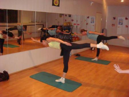 упражнения пилатес для женщин