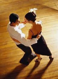латина танцы пара